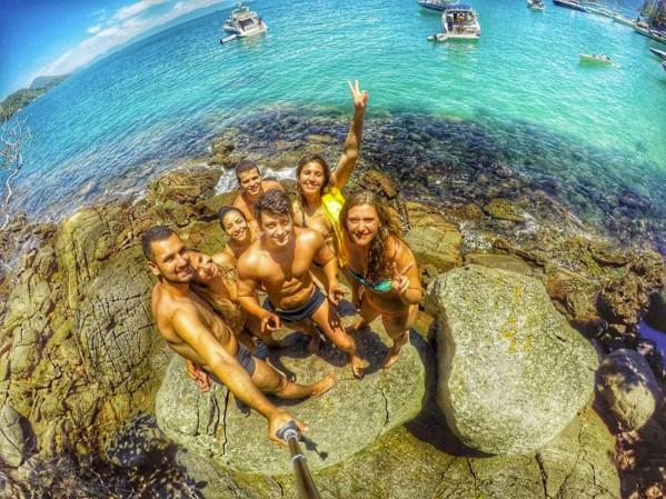 group selfie beach caribbean luis_25a