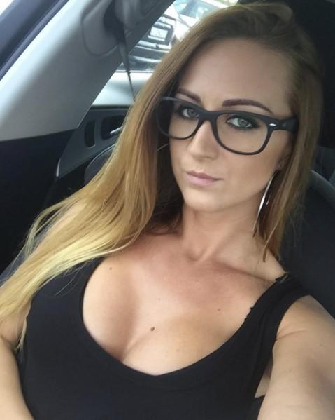 girl in black gasses hot vancsa28