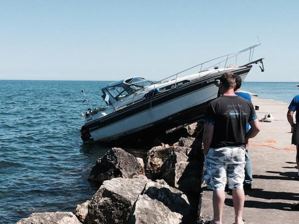 boat wrecked on pier