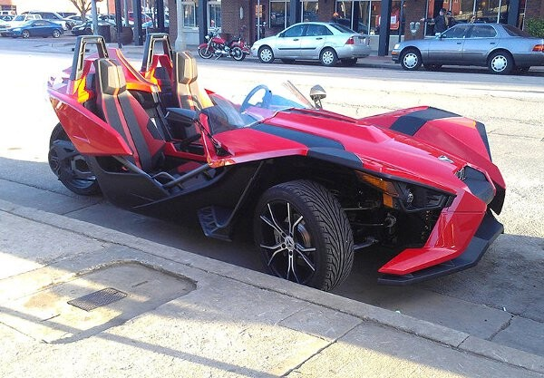 black and red polaris slingshot