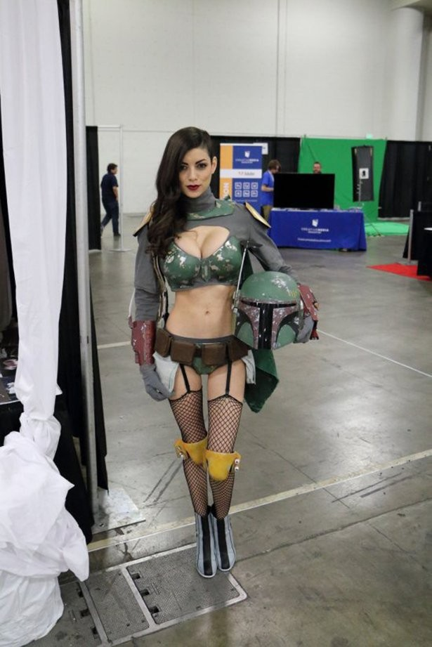 girl dressed up like boba fett