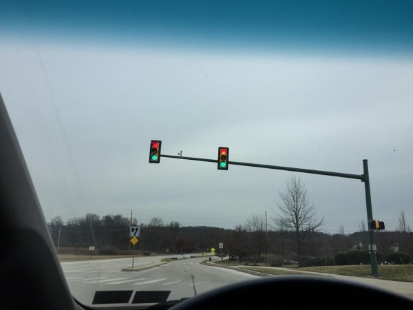 broken stop lights